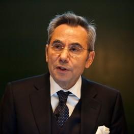 Dr. Wassilios E. Fthenakis