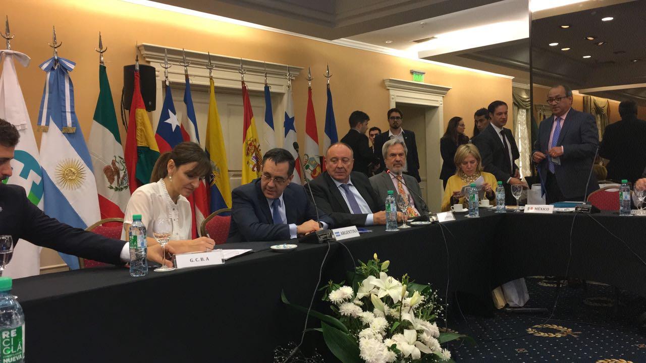 Firma del Memorándum de Entendimiento para la realización del XX Encuentro Argentina 2018