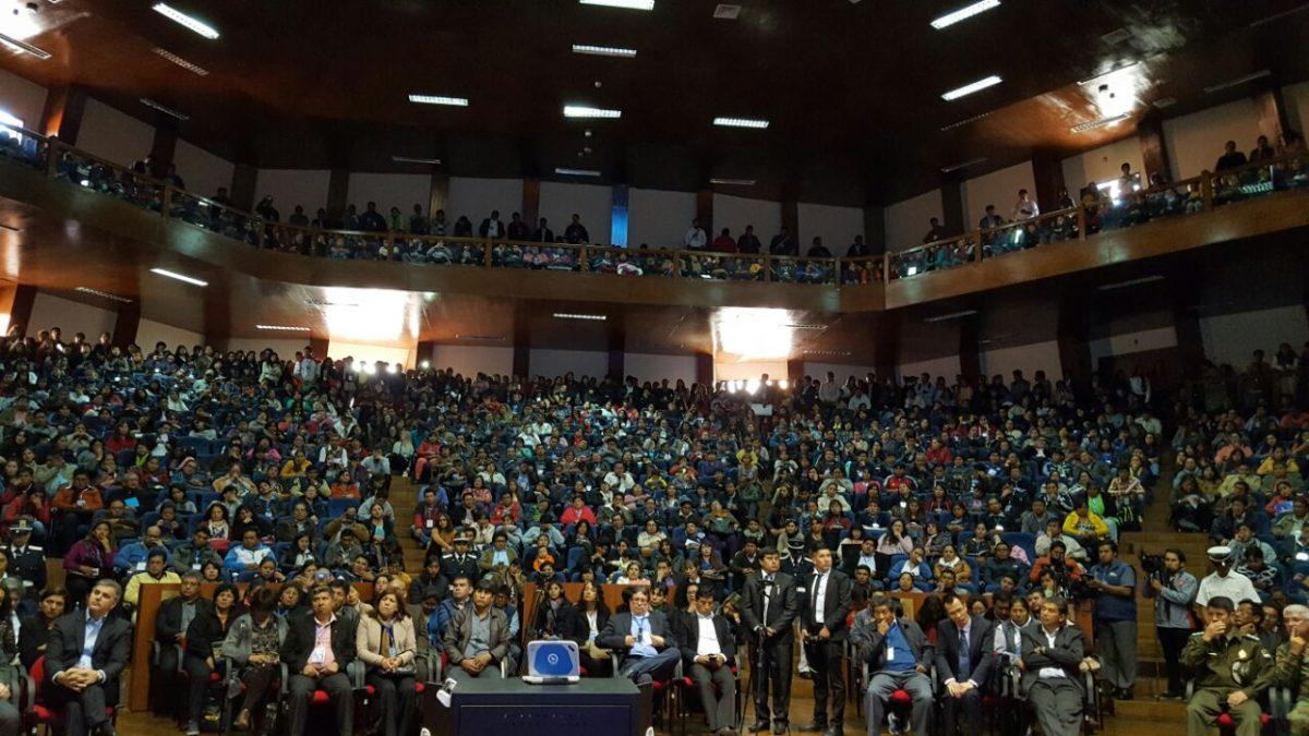 Con más de 5.000 participantes, inicia el II Encuentro Regional Virtual Educa Bolivia