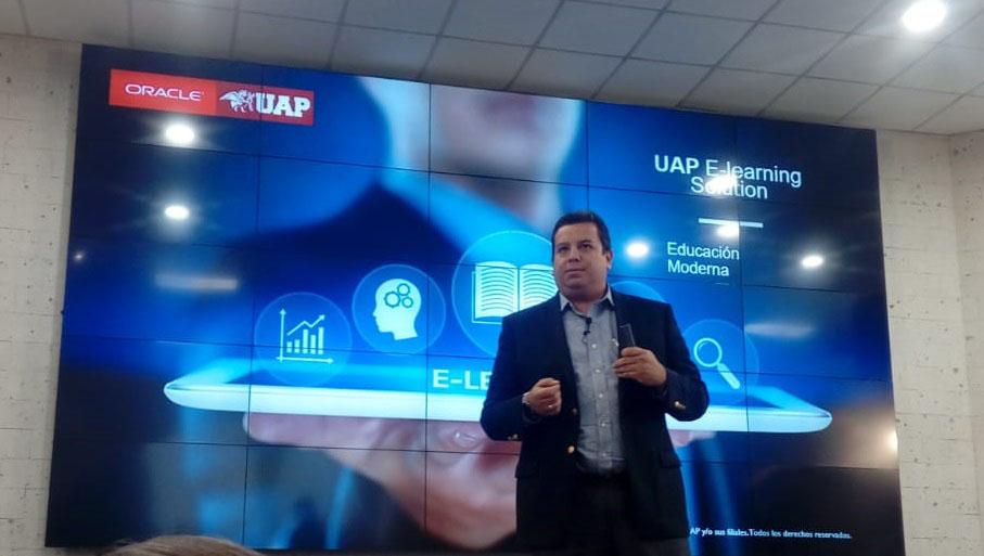 Nuevas plataformas Campus UAP y E-Learning para estudiantes universitarios en Perú