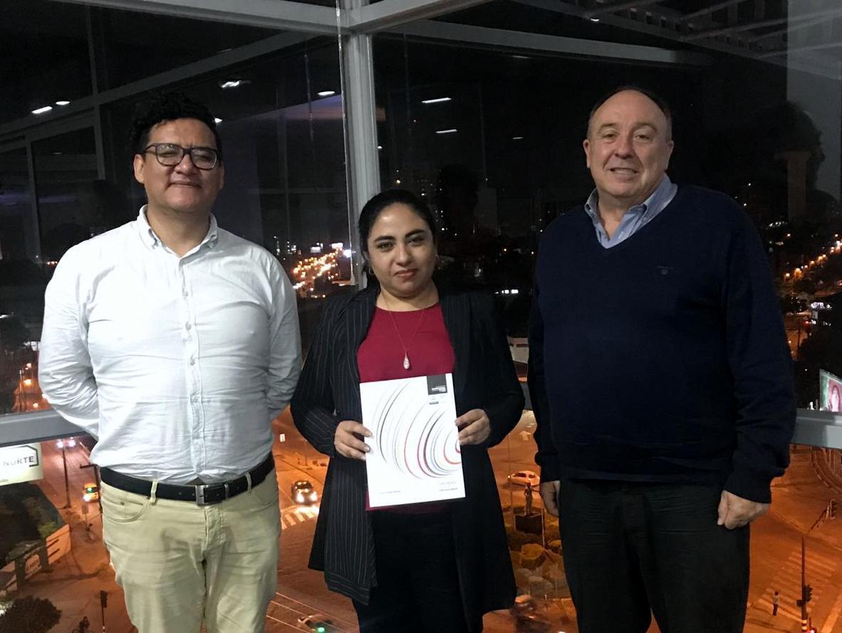 Virtual Educa y Unifranz firman acuerdo de colaboración