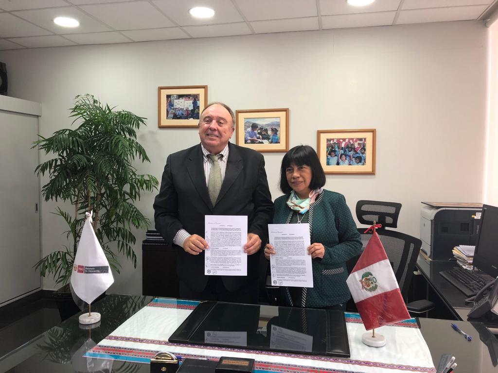 Virtual Educa y MINEDU firman convenio para promover la innovación educativa
