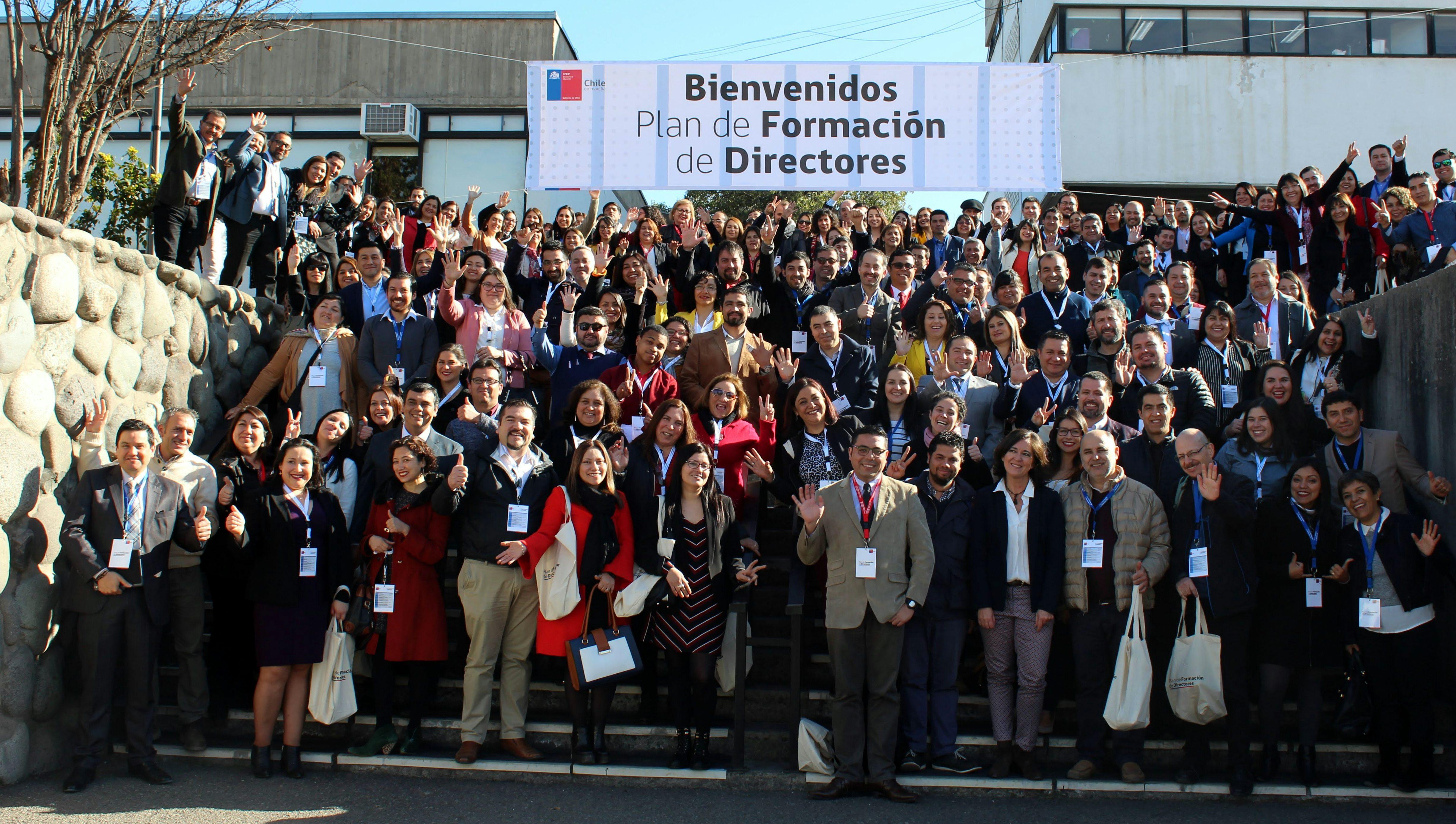 Más de 600 profesores y directivos de Chile se formarán como líderes para impulsar …