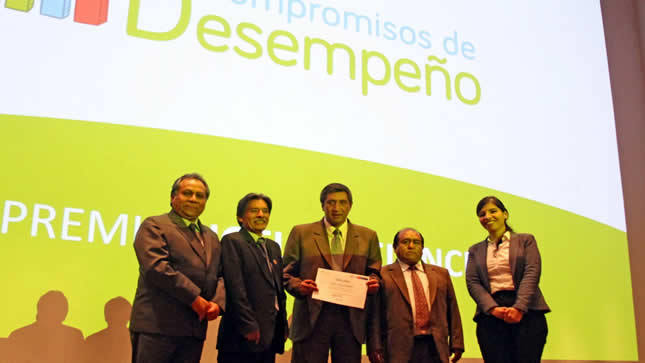 Perú: Buenas Prácticas de Gestión Educativa 2019