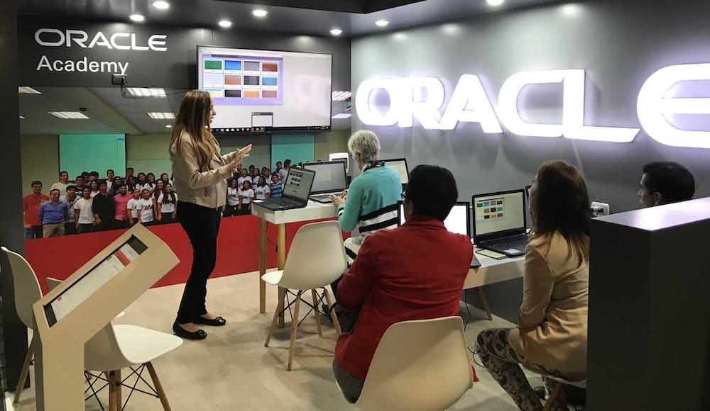 Programadores peruanos diseñarán soluciones para el tráfico de Lima