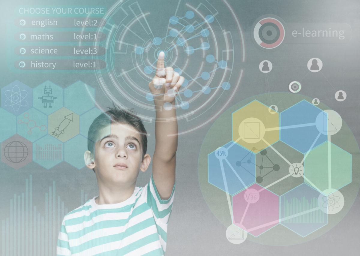 La nueva sociedad digital necesita una escuela reciclada